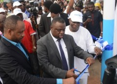 """Lagos Commissioner for Science and Technology, Honorable Olufemi Odubiyi, TECNO MD, Mr. Chidi Okonkwo, others unveil TECNO CSR Project """"Light up Ikeja"""" 4"""