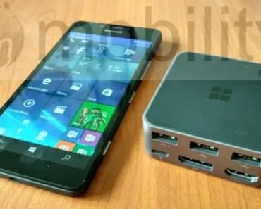 lumia950 with display dock