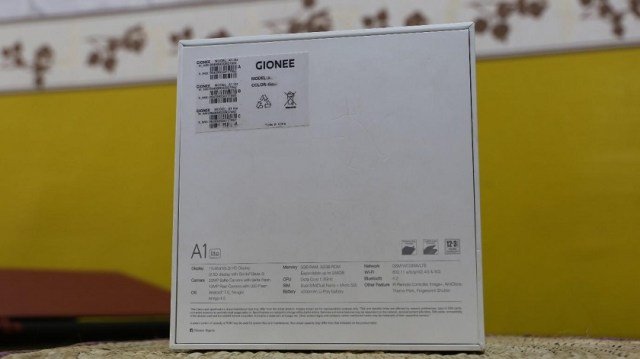 Gionee A1 Lite unboxing box rear