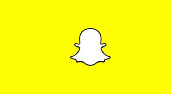 snapchat story white border