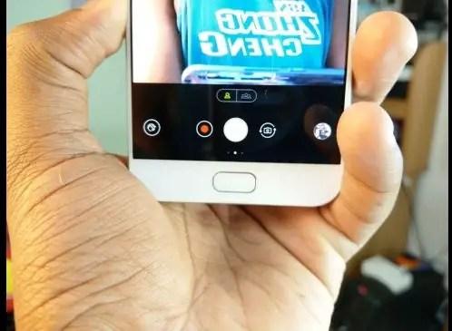 ASUS Zenfone 4 Selfie Pro camera switch