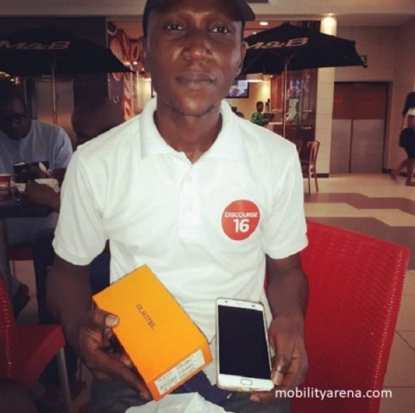Giveaway Winner, Araoye with his oukitel k6000 plus