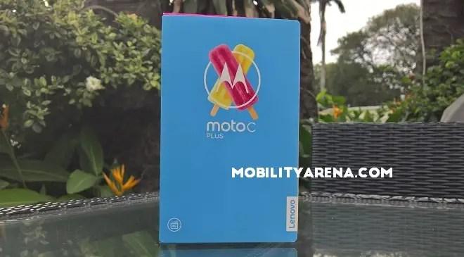 Moto C Plus box