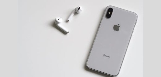 Apple iPhone History