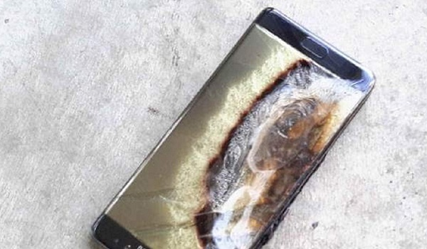 speedy innovation and defective products - Samsung Galaxy Note 7 fire