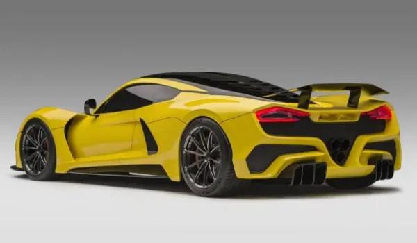 Hennessey Venom F5 takes on every super car 1