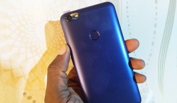 itel a32f in hand rear side