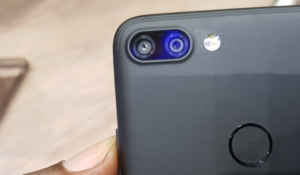 Infinix Hot 6 Pro hands-on review rear dual camera fingerprint scanner