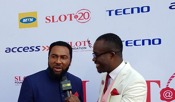 slot mobile nnamdi ezeigbo on stage