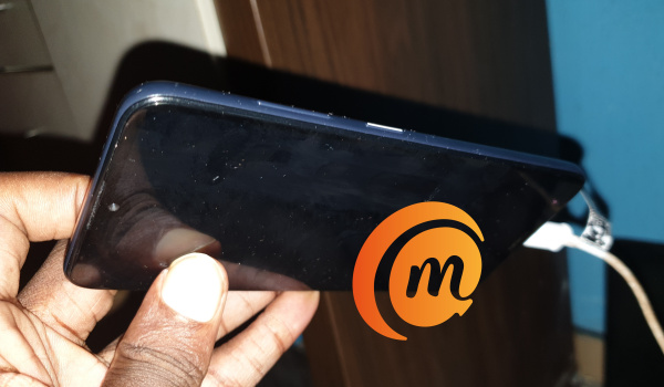 Nokia 3.2 power button is also an led light