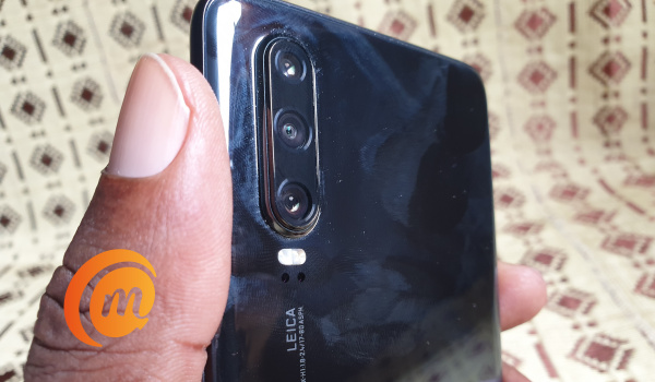 Huawei P30 review - Leica triple camera at the back