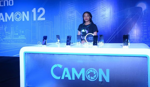 camon 12 stand
