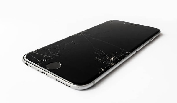 How to Remove Scratches from a Phone Screen