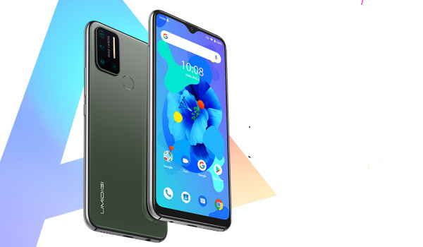 umidigi A7 front and back