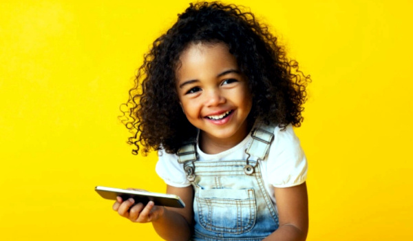 Best Phones for Kids that are Easy to Use