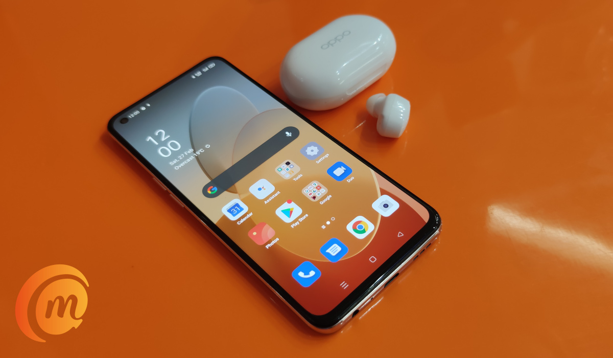oppo Reno5 4g with Enco earbuds