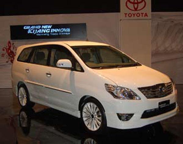 all new kijang innova diesel vs bensin camry club inova 2012 mobilterbaru di
