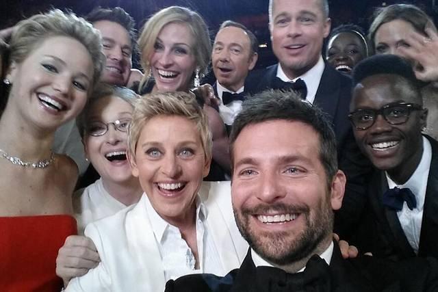 Selfie od Ellen DeGeneres z gali Oskarów w 2014 r.