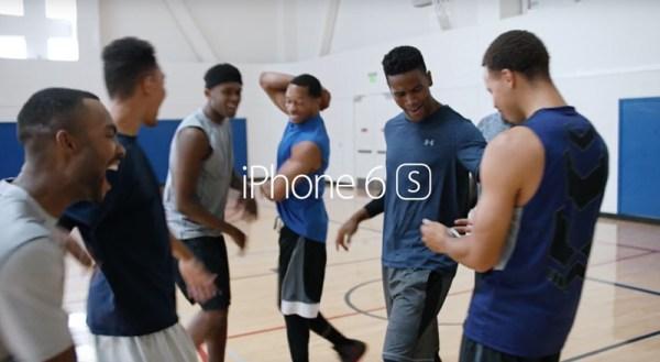 3 reklamy iPhone'a 6s z Jamie Foxxem i Siri
