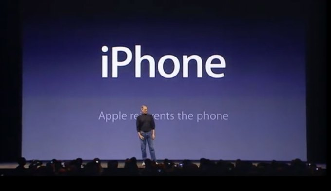 iPhone - Apple reinvents the phone (Steve Jobs, Keynote z 9 stycznia 2007)