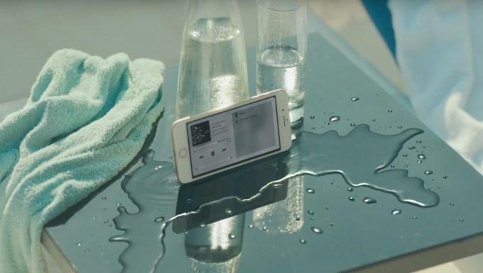 "Reklama iPhone'a 7 pt. ""Dive"""