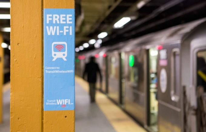 Transit Wireless Wifi (NYC) - oznaczenie stacji metra