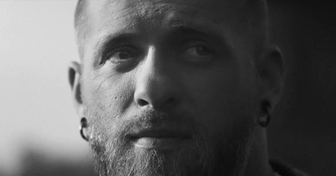 Reklama Apple Music (Brantley Gilbert)