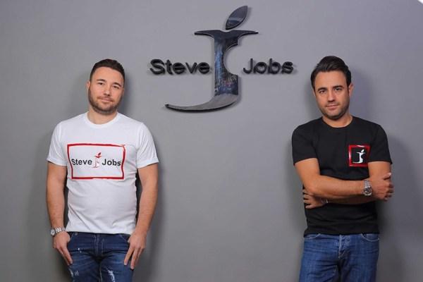 """Włoska marka odzieżowa """"Steve Jobs"""" działa legalnie?"""
