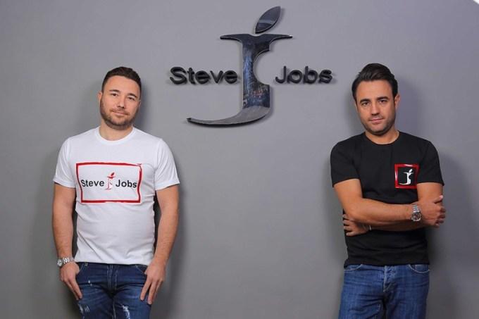 """Bracia Barbato, właściciele włoskiej marki """"Steve Jobs"""""""