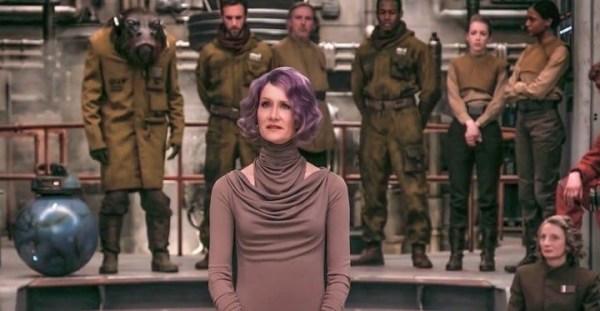 """10 sekund ciszy w filmie """"Gwiezdne Wojny: Ostatni Jedi"""" to celowy zabieg"""