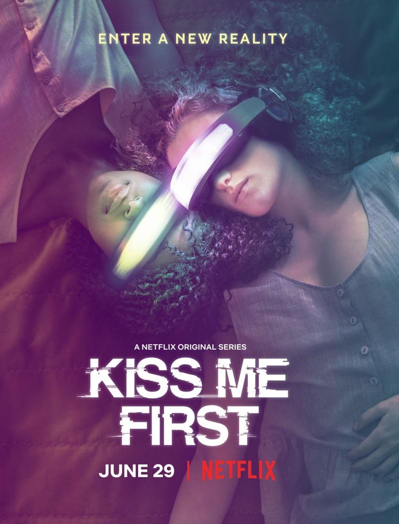 "Plakat serialu ""Kiss Me First"""
