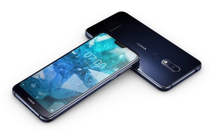 Nokia 7.1 w kolorze Midnight Blue