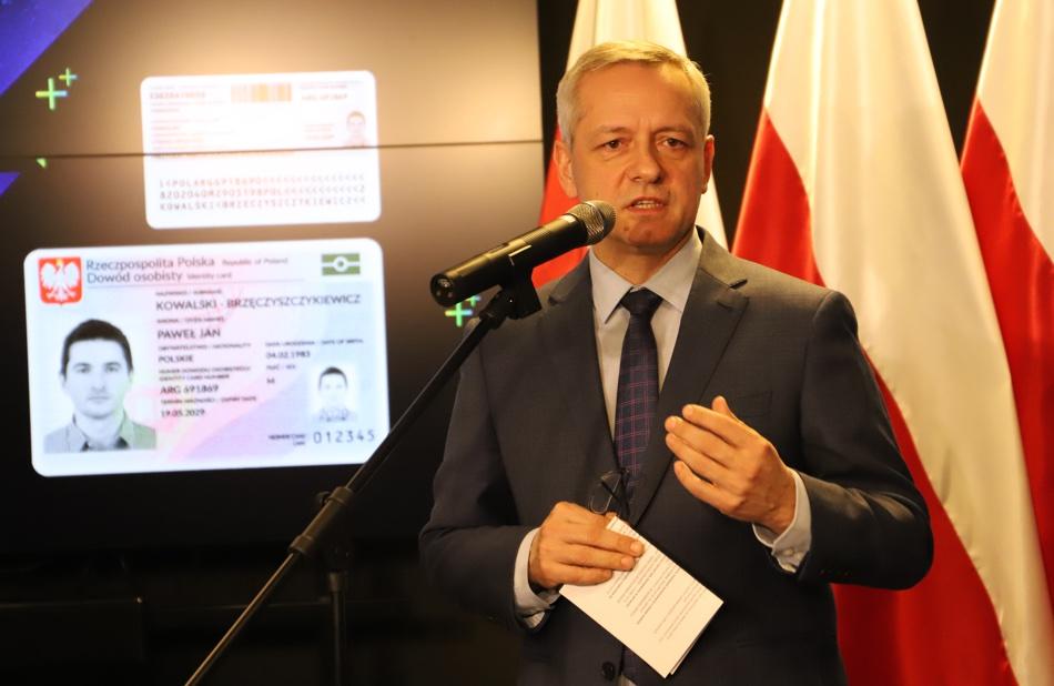 Marek Zagórski (e-Dowody osobiste w Polsce od 4 marca 2019 r.)