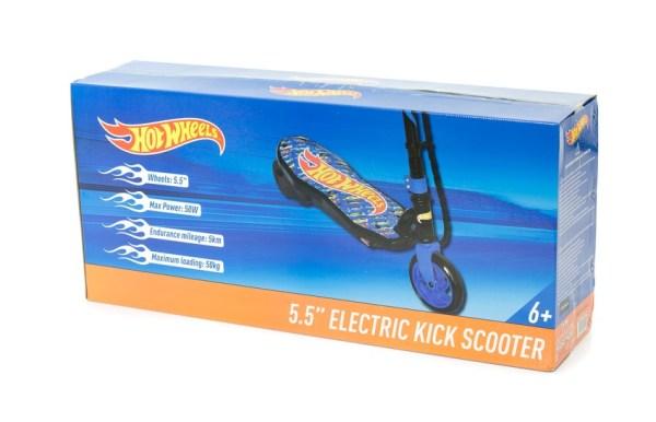 Premiera hulajnóg elektrycznych dla dzieci Barbie i Hot Wheels