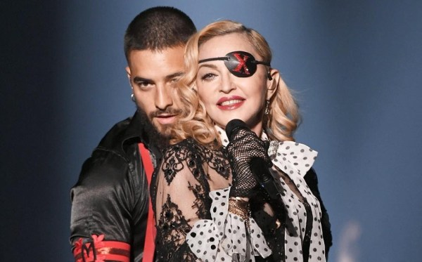 Madonna i Maluma z hologramami i CGI podczas występu na żywo