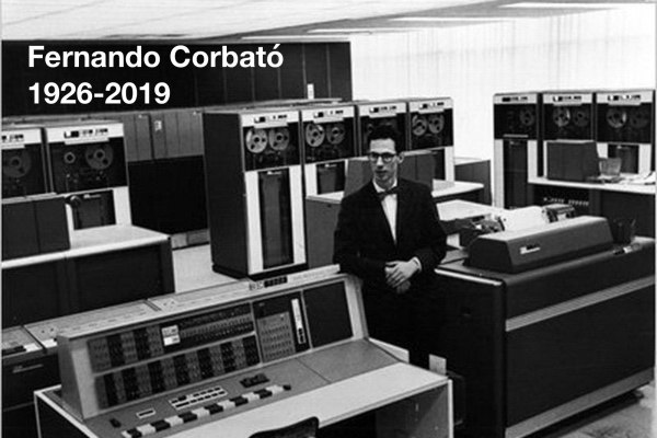 Twórca hasła komputerowego Fernando Corbató zmarł w wieku 93 lat