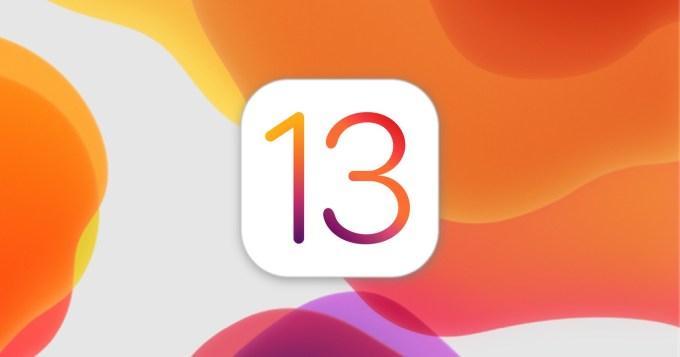 Logo systemu operacyjnego iOS 13