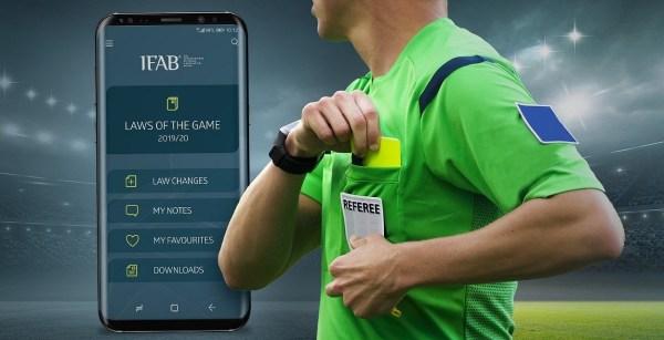 Polacy stworzyli pierwszą globalną aplikację z przepisami gry w piłkę nożną