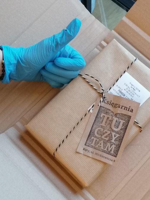 Bezpieczne pakowanie książek