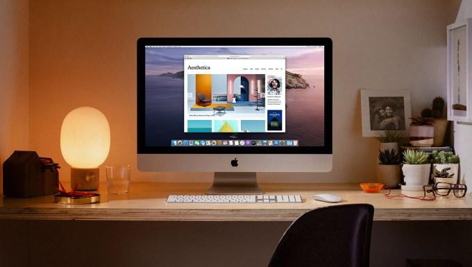 iMac Apple komputer w domu na biurku
