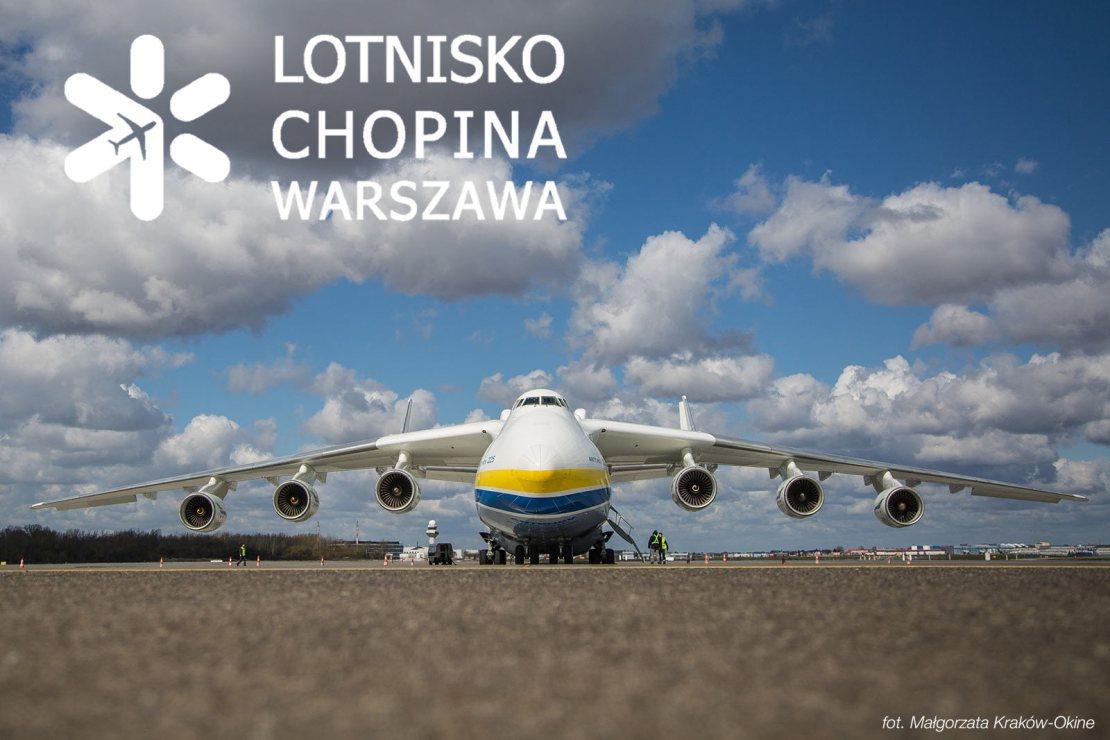 """Antonow An-225 """"Mrija"""" na Lotnisku Chopina w Warszawie (14.04.2020 r.)"""