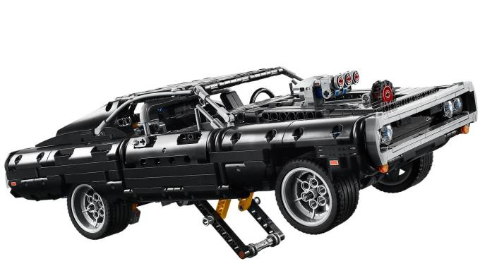 LEGO Technic: Dom's Dodge Charger (The Fast and the Furious)