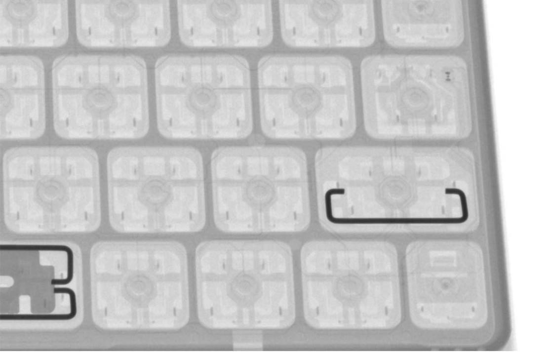 Prześwietlone klawisze klawiatury nożycowej