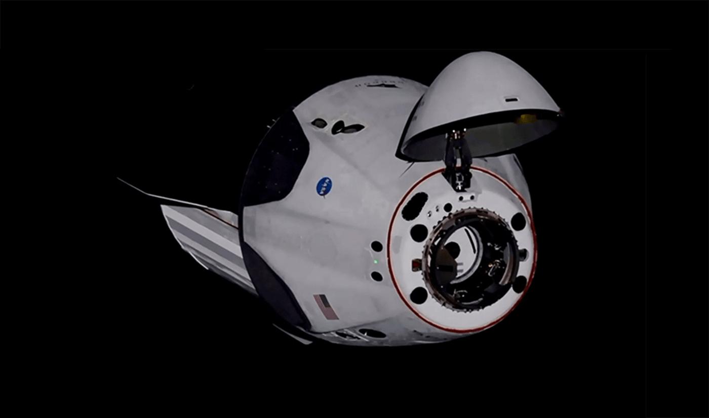 SpaceX Crew Dragon Demo-2 dokujący do ISS (31 maja 2020 r.)