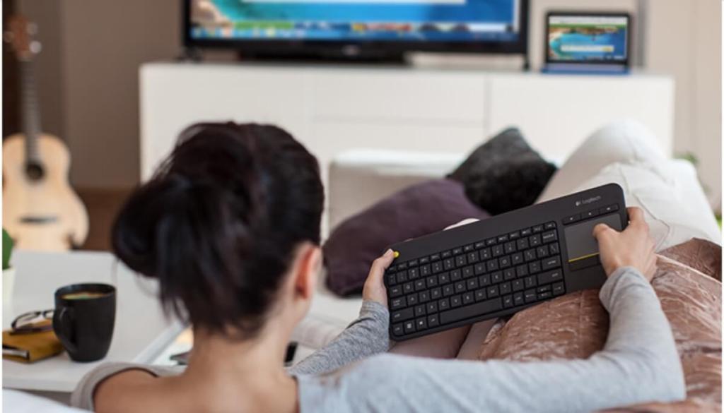 Klawiatura do PC i TV  Media Wireless Touch Keyboard K400 Plus