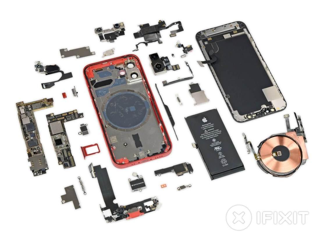 iPhone 12 mini rozebrany na części (iFixit)