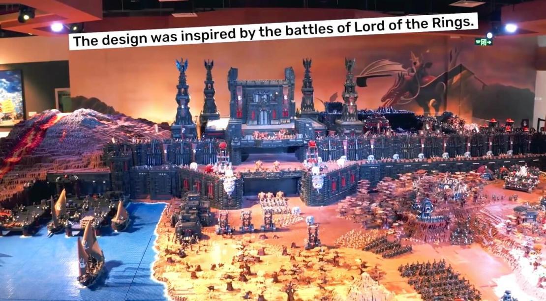 """Największa budowla z klocków inspirowana bitwami z """"Władcy Pierścieci"""" (rekord Guinessa)"""