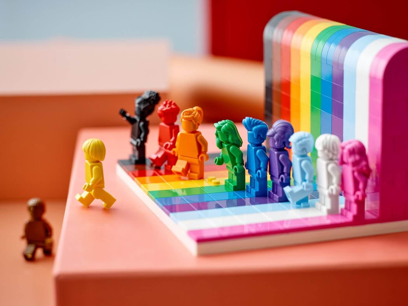 LEGO – Każdy jest wspaniały (40516)