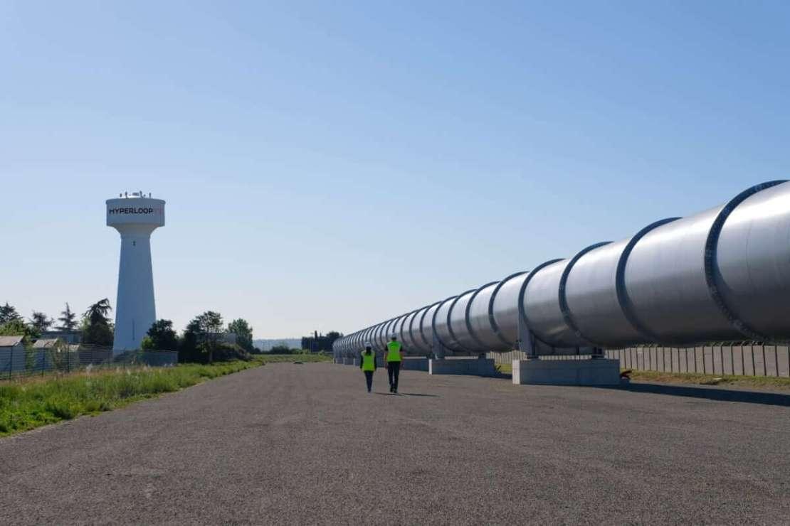 Pełnowymiarowy tor testowy HyperloopTT o długości 320 metrów działa we Francji