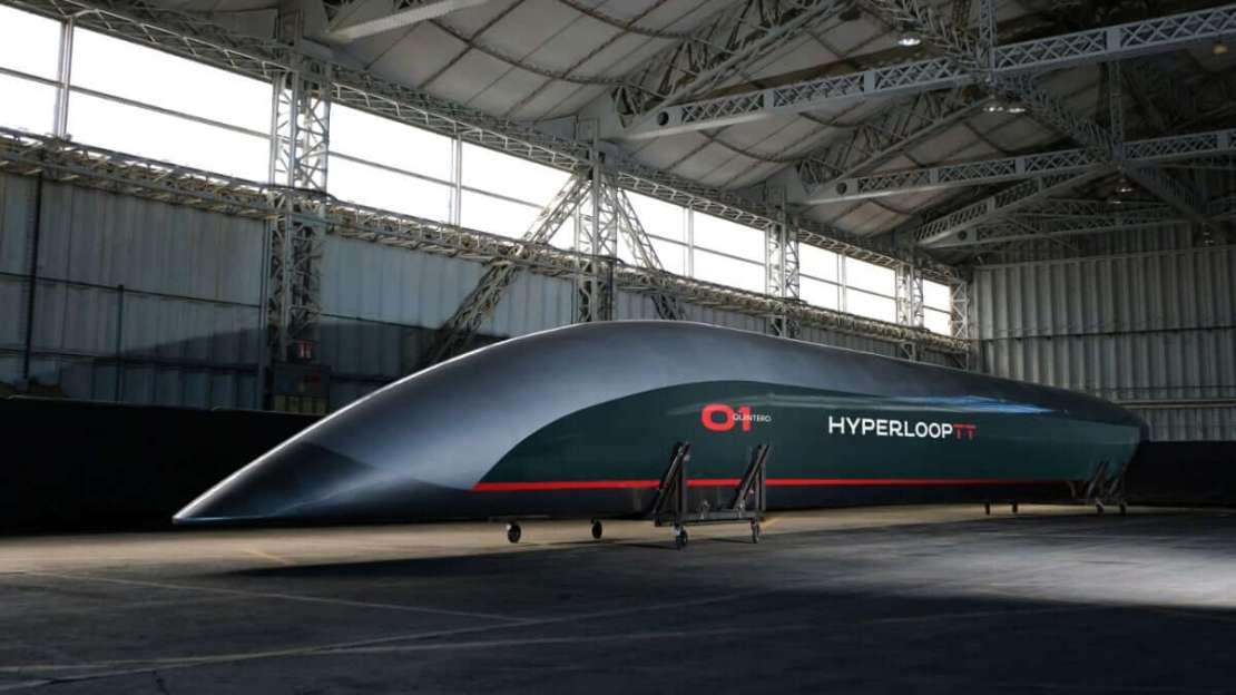 Pełnowymiarowy prototypowy moduł pasażerski od Hyperloop TT